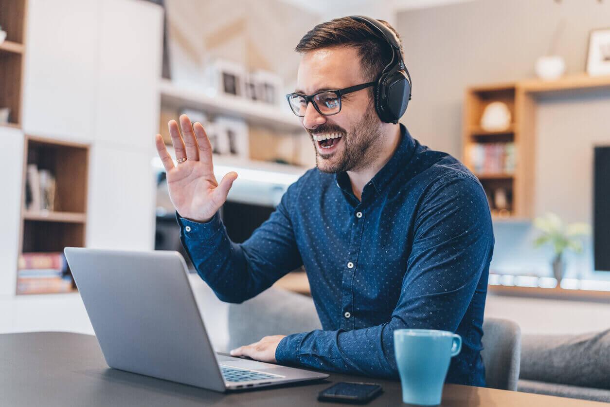 Teletrabajo: mantener el contacto con los colegas