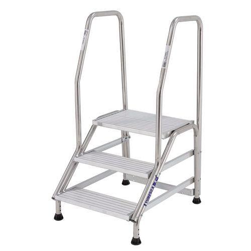 Escalerilla fija con 2 rampas