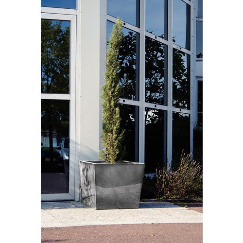 Jardinera de aluminio de diseño